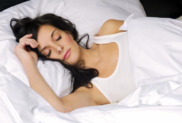 Giấc ngủ sâu có thể loại bỏ độc tố từ não